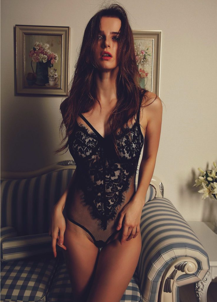 Amazing Babe in Black lingerie