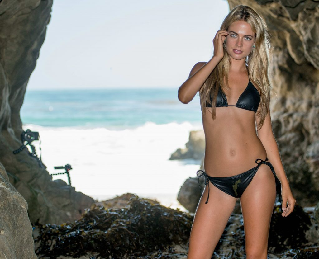 Dream Of Blonde in Black Babe Bikini